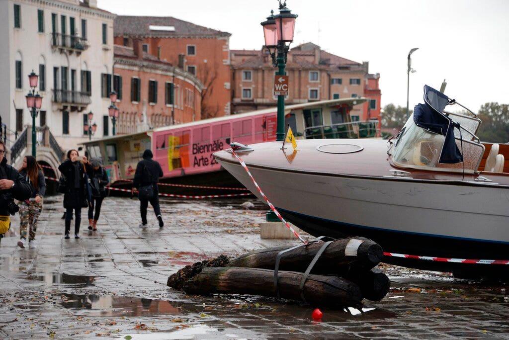 Venedig Treffer mit historischen Flut, sorgen für Kunst, Mosaiken