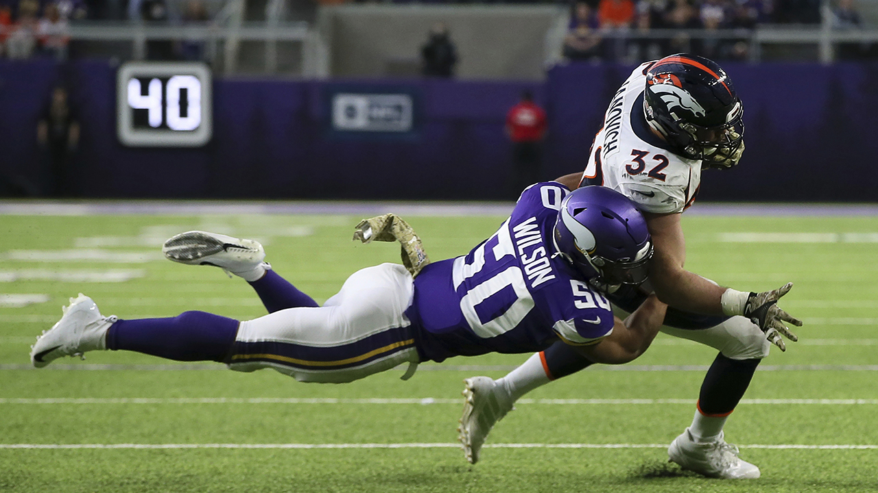 Denver Broncos' Andy Janovich suffers gruesome injury trying to brace himself falling down
