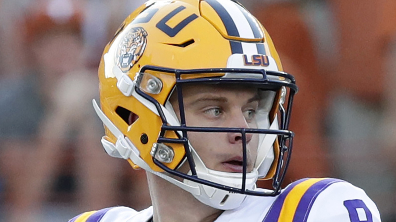 CFB Joe Burrow - LSU routs Oklahoma 63-28, advances to title game as Burrow throws 7 TDs