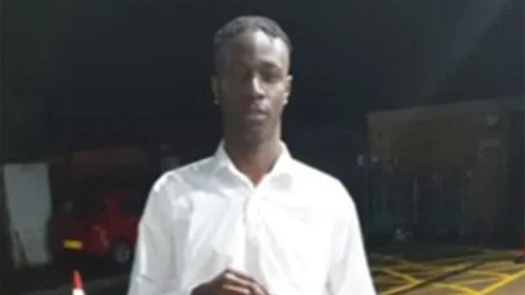 Thiếu niên London đâm chết người trong khóa học nhận thức về dao