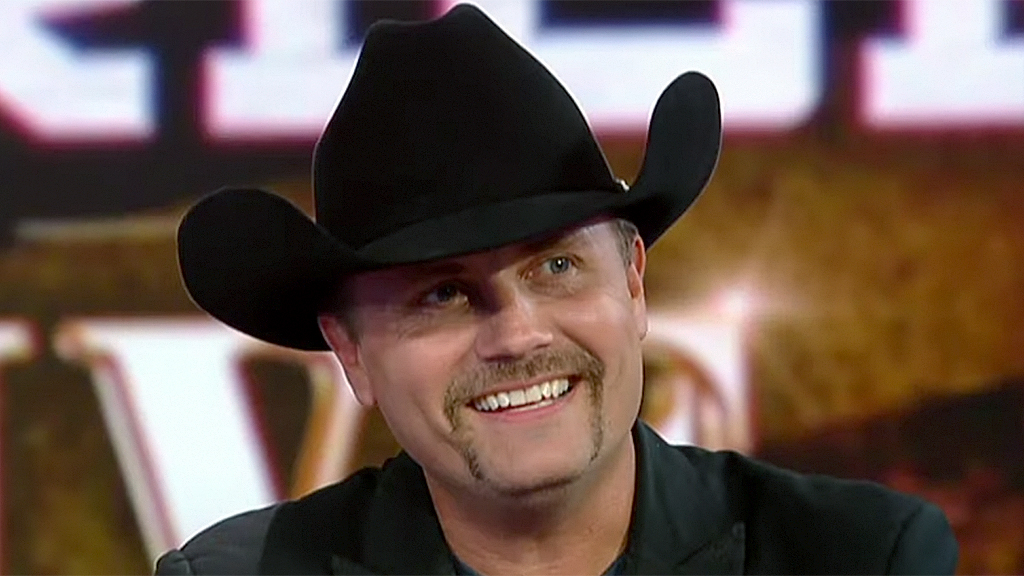 John Rich celebrates Thanksgiving with a wild after-dinner tradition