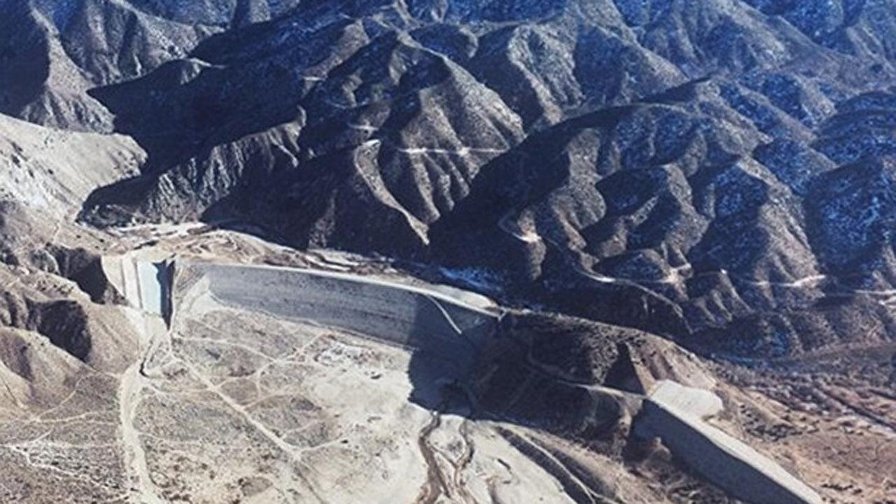 Καλιφόρνια είναι το Mojave River Dam θα μπορούσε να αποτύχει σε μια ακραία καταιγίδα, βάλτε 300.000 στα κινδύνων πλημμύρας, αξιωματούχοι λένε