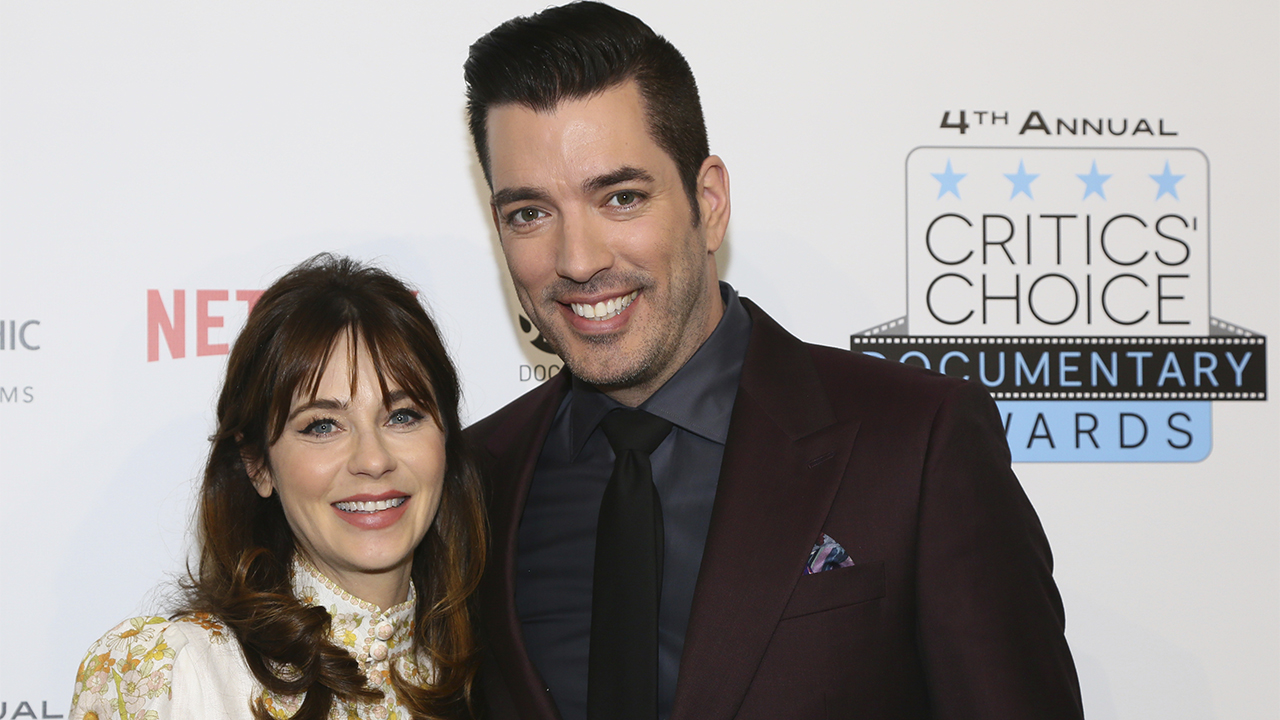 Zooey Deschanel celebrates birthday with Jonathan Scott at '80s-themed party