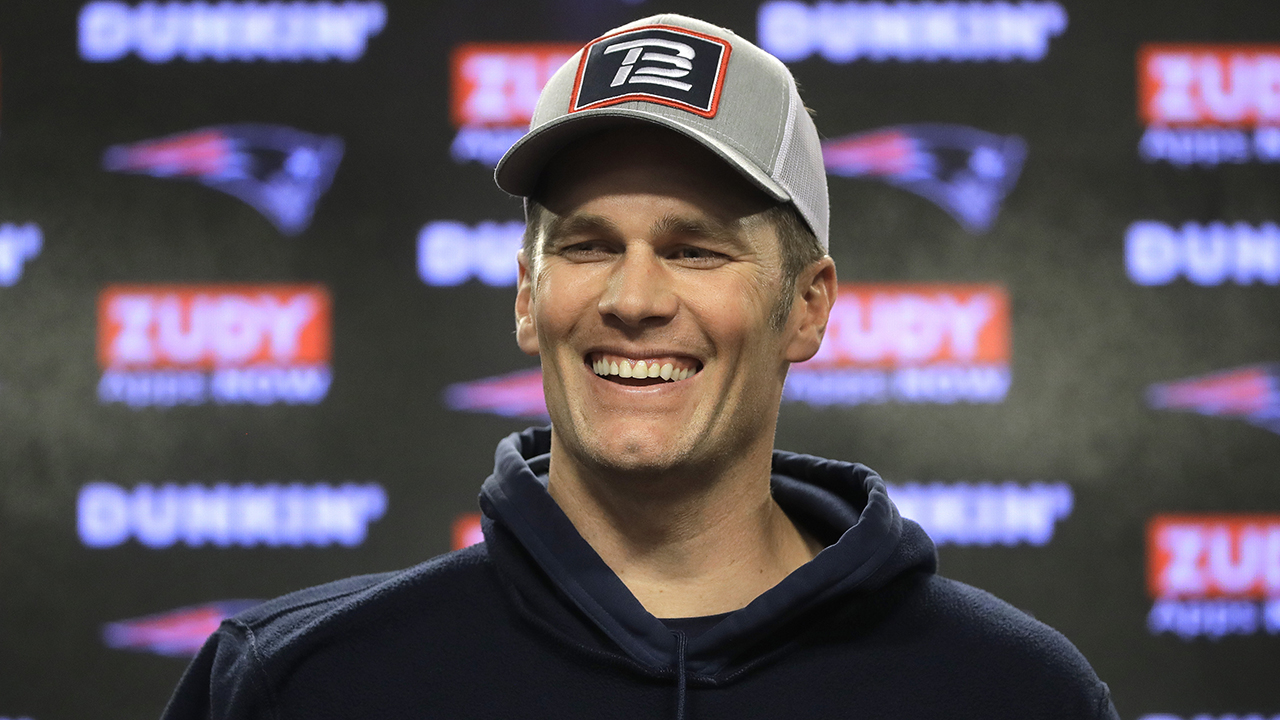 Tom Brady jokes about his dislike for Dallas Cowboys ahead of game