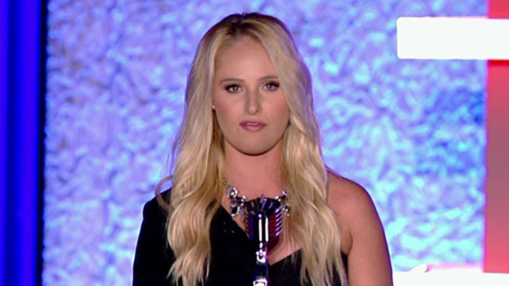 Tomi Lahren thanks US military, law enforcement at Patriot Awards: 'We are behind you'