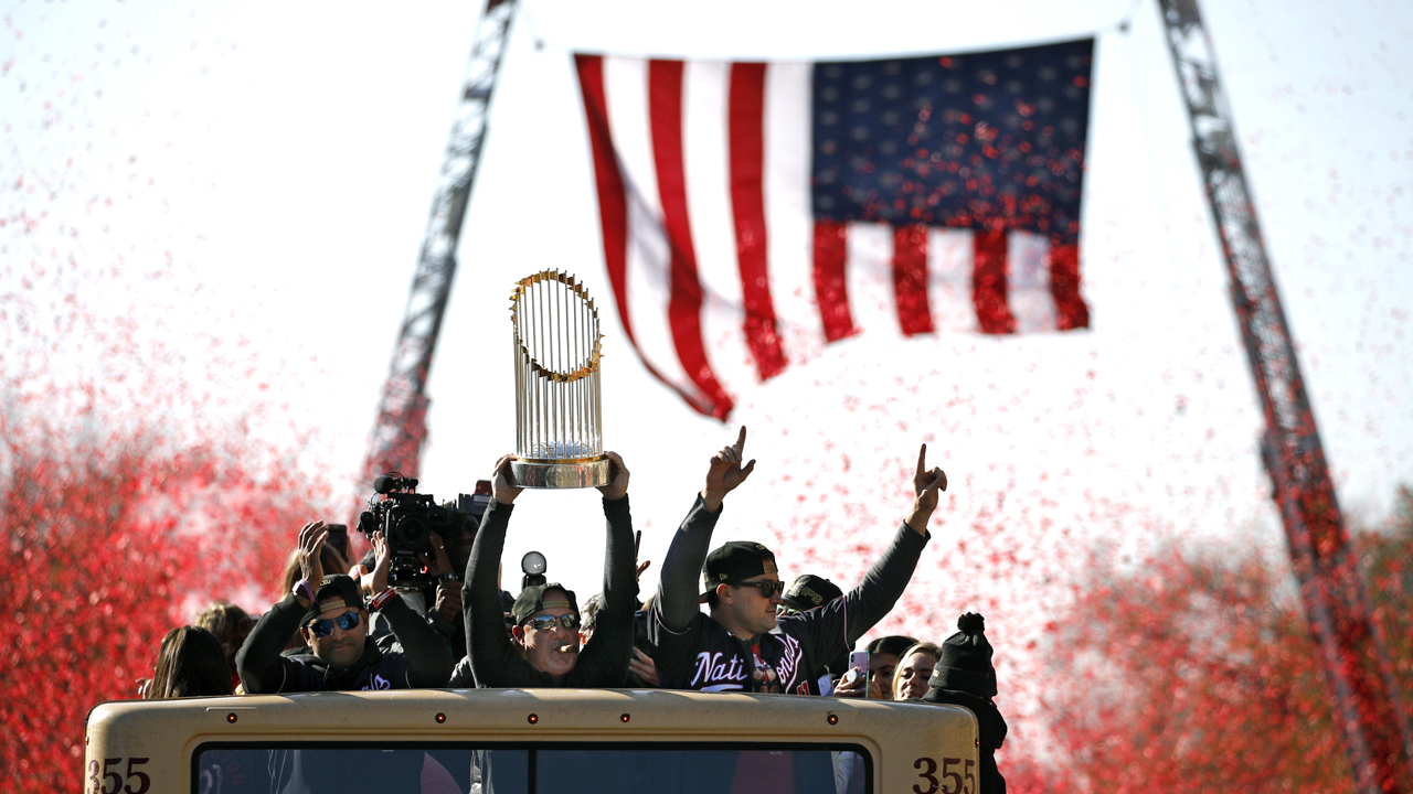Tausende Feiern Washington Nationals der World Series-Meisterschaft parade, Rallye