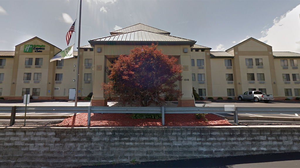 Westlake Legal Group adfba4d7-Holiday-Inn-Fenton-Google-Maps Missouri woman, 78, accused of killing daughter in hotel in attempted murder-suicide Talia Kaplan fox-news/us/us-regions/midwest/missouri fox-news/us/crime fox-news/us fox news fnc/us fnc f75bd0ac-f678-5cd5-8498-c56a2358cdfb article