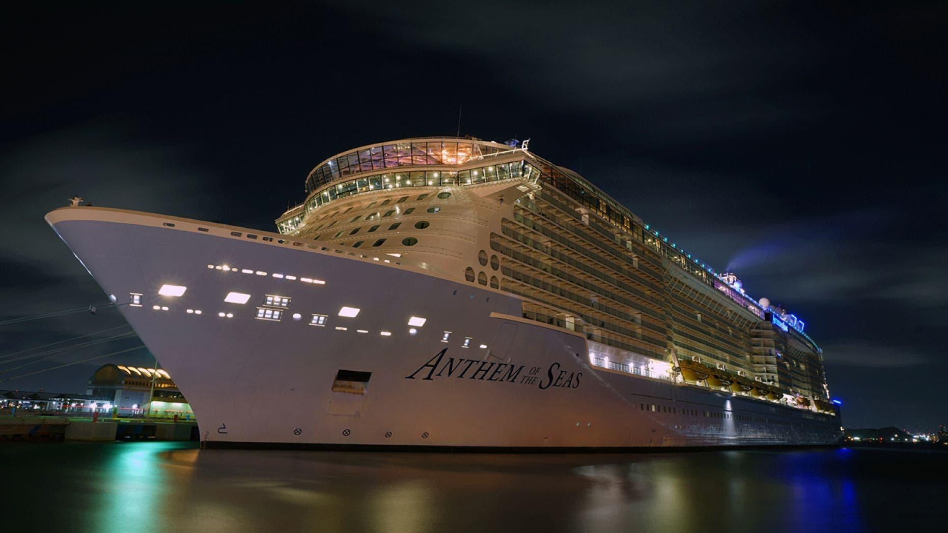 Royal Caribbean membatalkan 18 kapal pesiar di Asia tengah coronavirus wabah