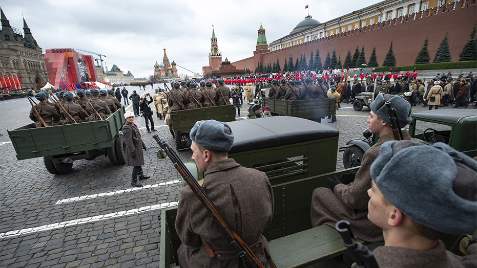 Russian re-enacts famous World War