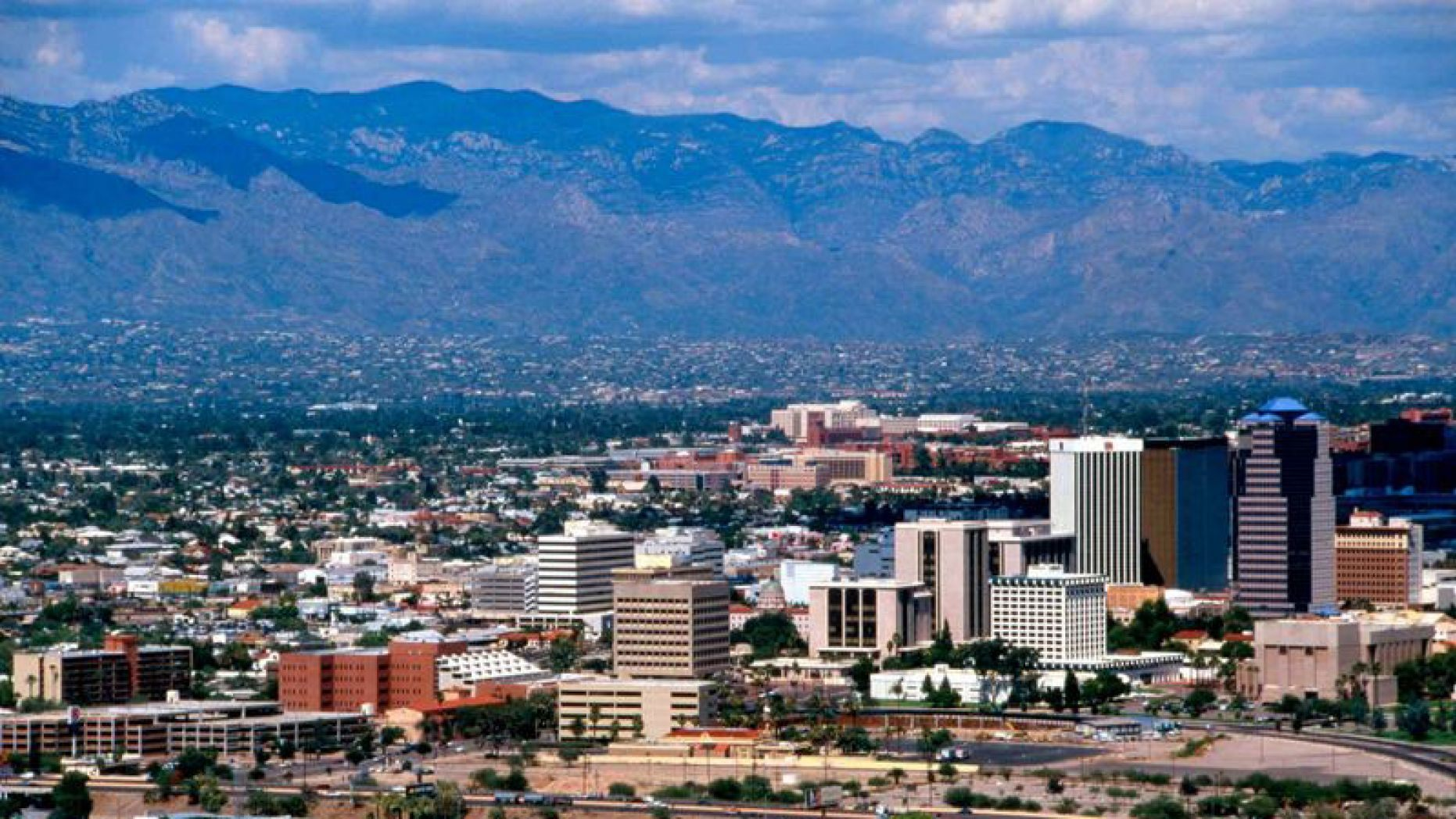 Tucson voters overwhelmingly reject sanctuary city measure