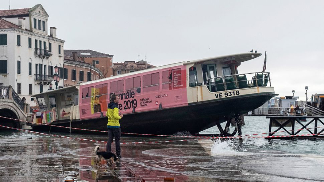 Venice suffers worst flooding in 50 years, mayor blames climate change