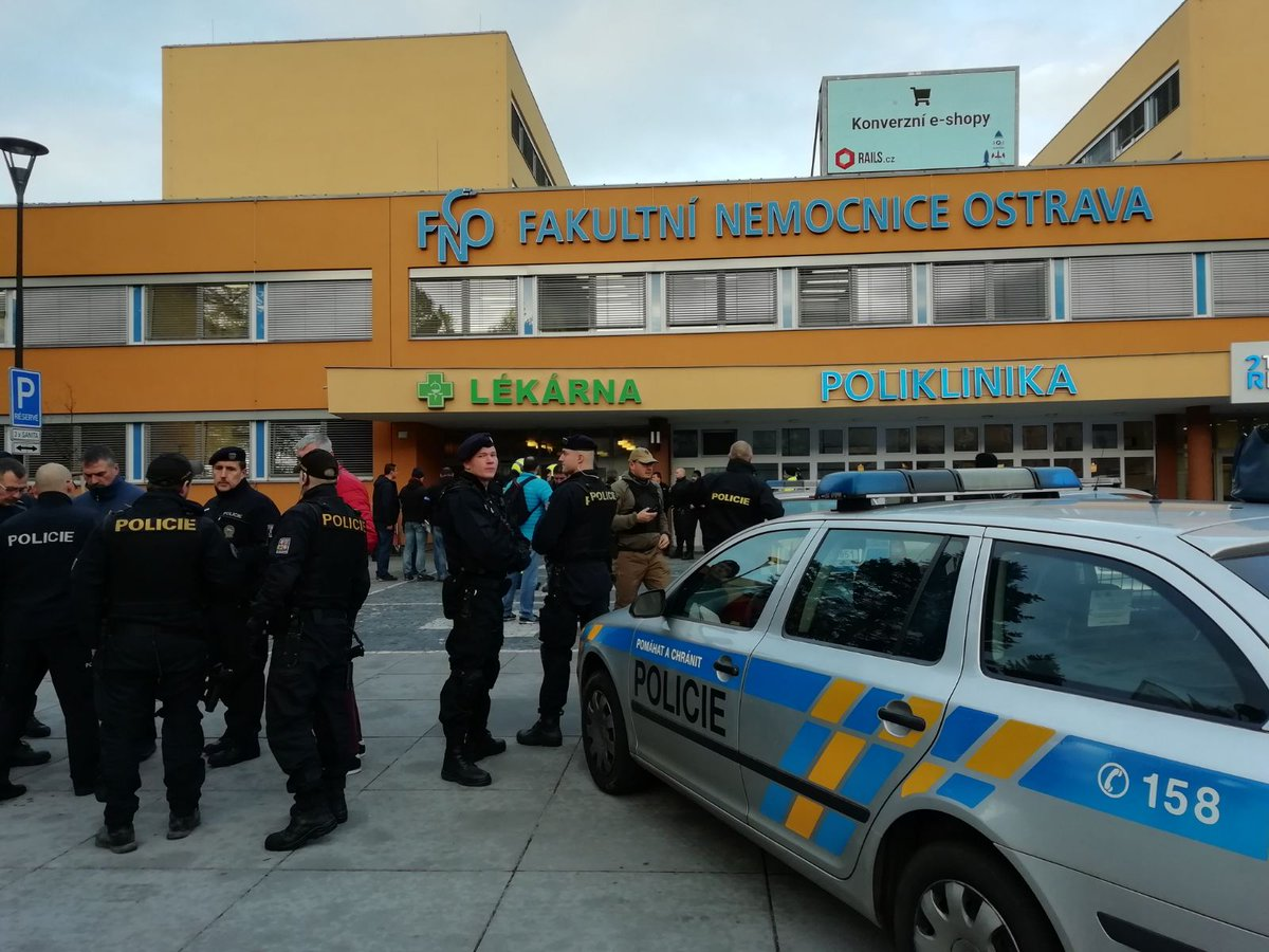 Westlake Legal Group ELaKDwTWkAULlKT Gunman opens fire inside Czech hospital, kills at least 4 fox-news/world fox news fnc/world fnc be9ad08e-0871-5396-9717-c0fde5b05515 article