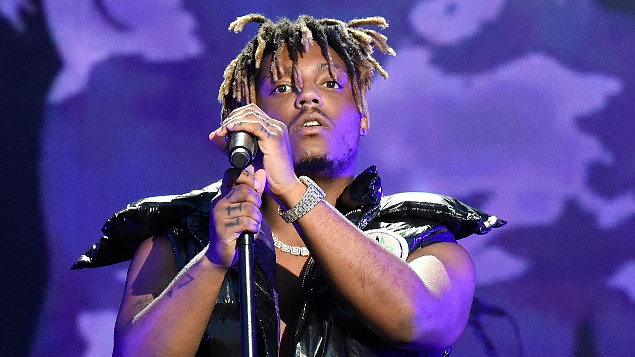 Westlake Legal Group JUICE-WRLD-Getty Two of Juice WRLD's security guards arrested at Chicago airport an hour before rapper reported dead Melissa Roberto fox-news/entertainment/genres/hip-hop-rap fox-news/entertainment/events/scandal fox-news/entertainment/events/departed fox-news/entertainment/events/arrest fox-news/entertainment/celebrity-news fox news fnc/entertainment fnc b7c90033-7c23-5331-b02f-f1ddee2504b1 article