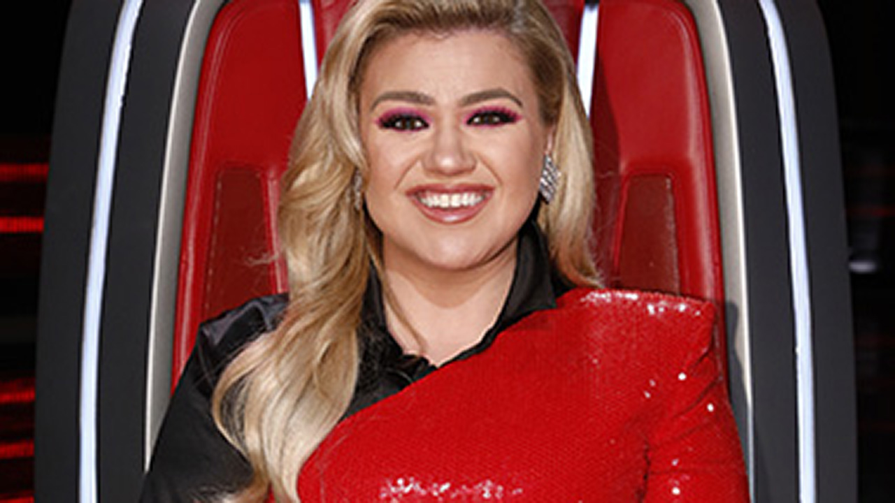Kelly Clarkson to host 2020 Billboard Music Awards for the third time