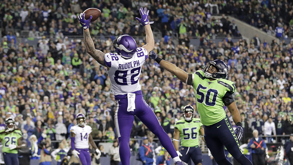 Seahawks take over first place in NFC West, beat Vikings 37-30