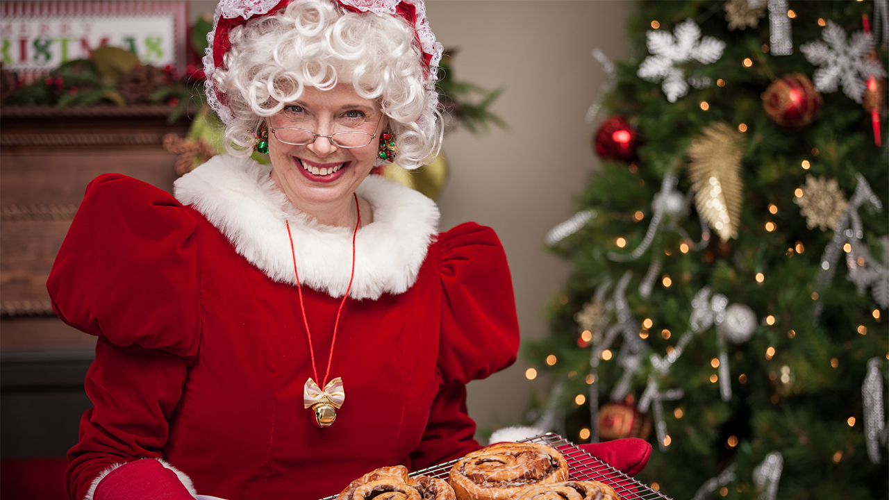 Westlake Legal Group Mrs-Claus-iStock Grandma offered holiday services in Craigslist Christmas post and the story went viral Nick Givas fox-news/us/us-regions/southwest/oklahoma fox-news/special/occasions/holiday fox-news/odd-news fox-news/lifestyle/occasions/christmas fox news fnc/us fnc article 127d91b5-caa7-510a-bd55-f4113f6c9c01