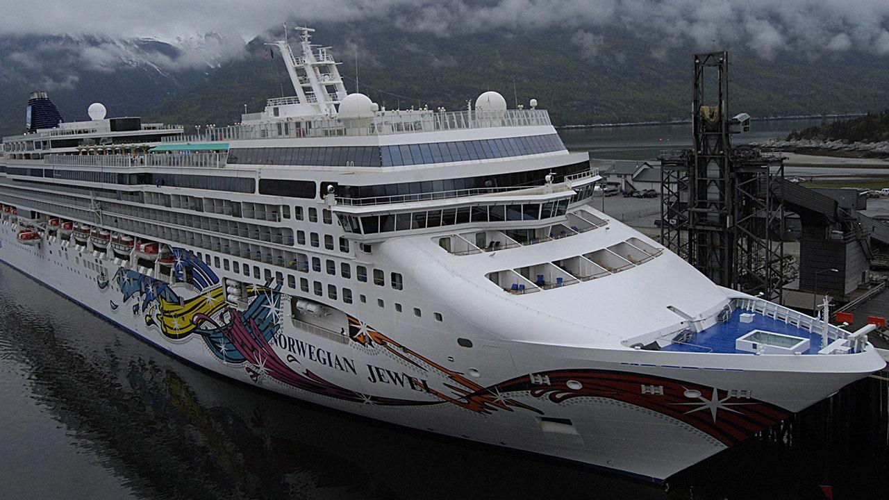 Hawaii Zuschüsse OK für 2 Kreuzfahrt Schiffe andocken in Honolulu – doch es muss alles an Bord bleiben