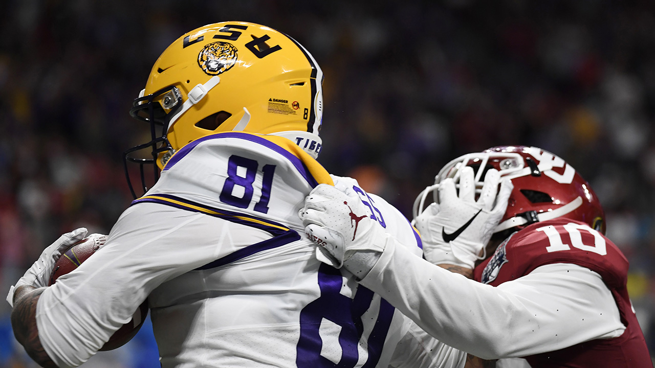 LSU είναι Thaddeus Μος, γιος του NFL Hall of Famer, βαθμολογίες TD; λέει Οκλαχόμα άμυνα δεν μπόρεσε να ανταποκριθεί hype