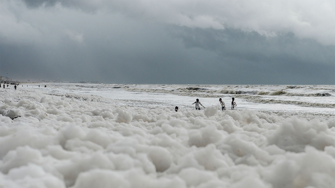 Frothy, toxic foam covers famous beach