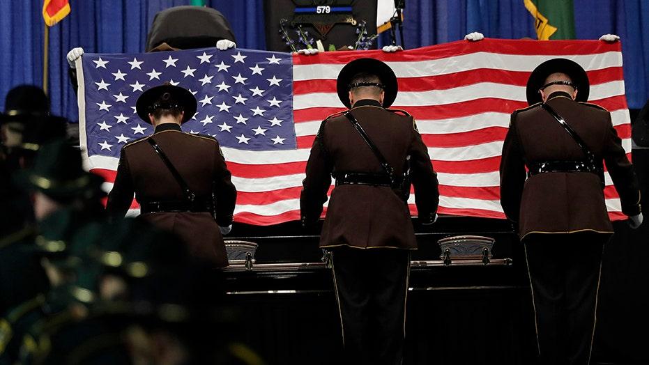 2019 ist eine der am wenigsten tödliche Jahre für US-Polizisten in Jahrzehnten zeigen die Statistiken