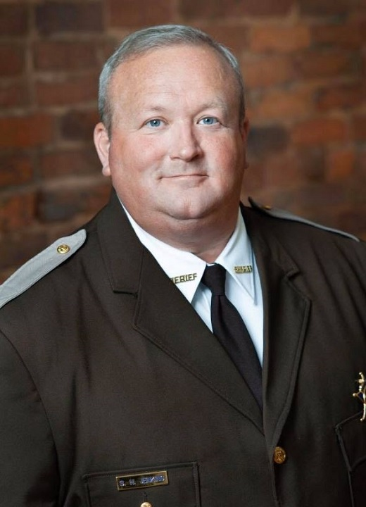 Virginia sheriff vows to deputize residents in response to expected gun control legislation from state Demo...