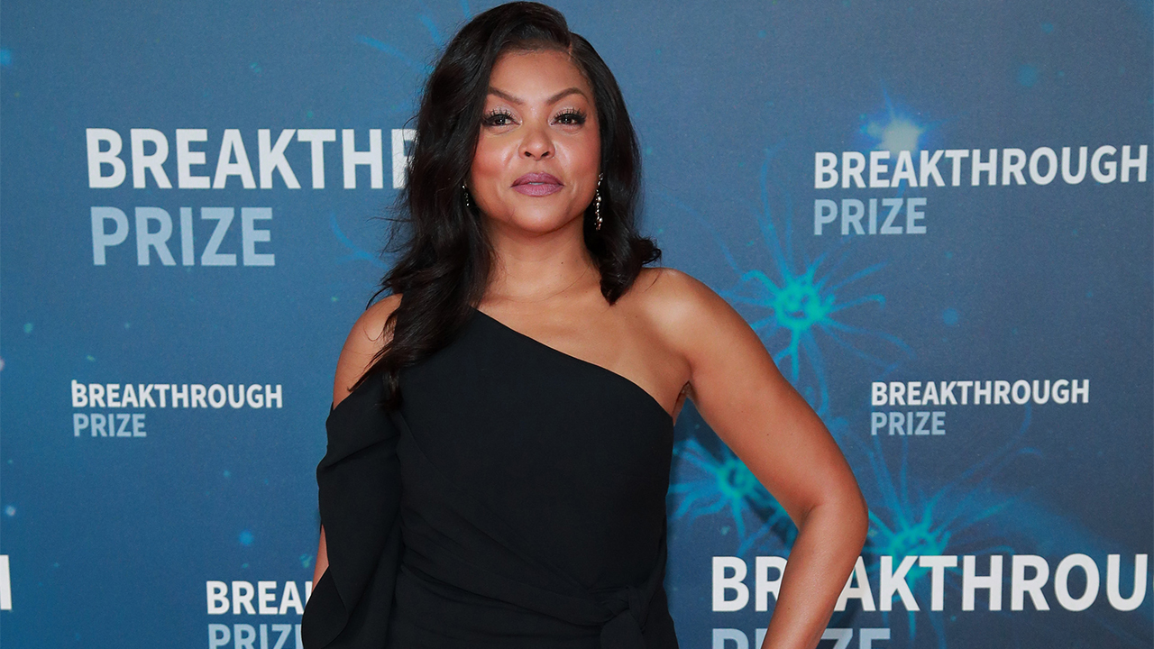 Taraji P. Henson stuns in itty bitty white bikini for 50th birthday yacht celebration - Fox News