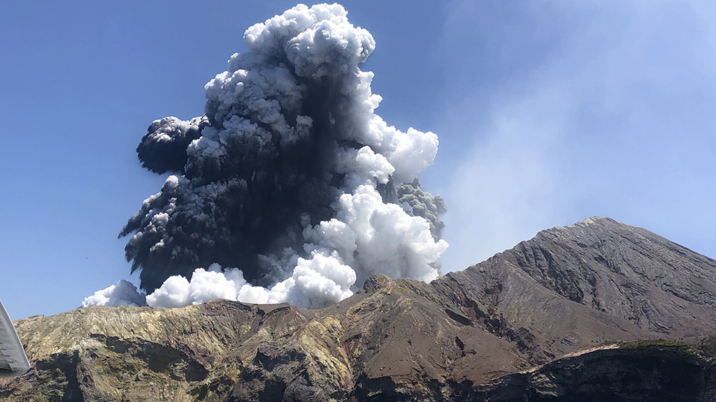 Westlake Legal Group volcano-cropped-125am Atlanta woman dies after New Zealand volcano eruption, death toll now at 17 Tamir Lapin New York Post fnc/us fnc article 36c2b7b8-0515-5e98-9bb9-79e5a8fbd3bf