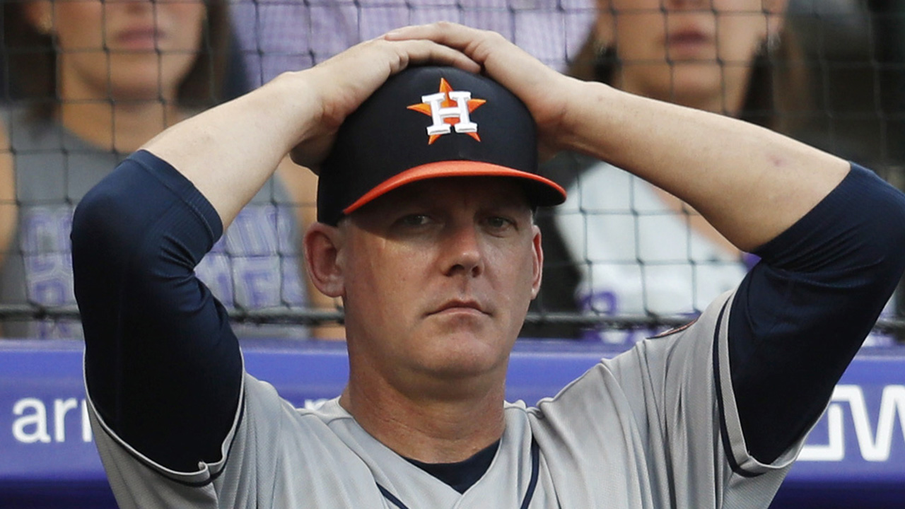 Ex-Astros manager AJ Hinch apologizes for failing to stop sign-stealing scheme