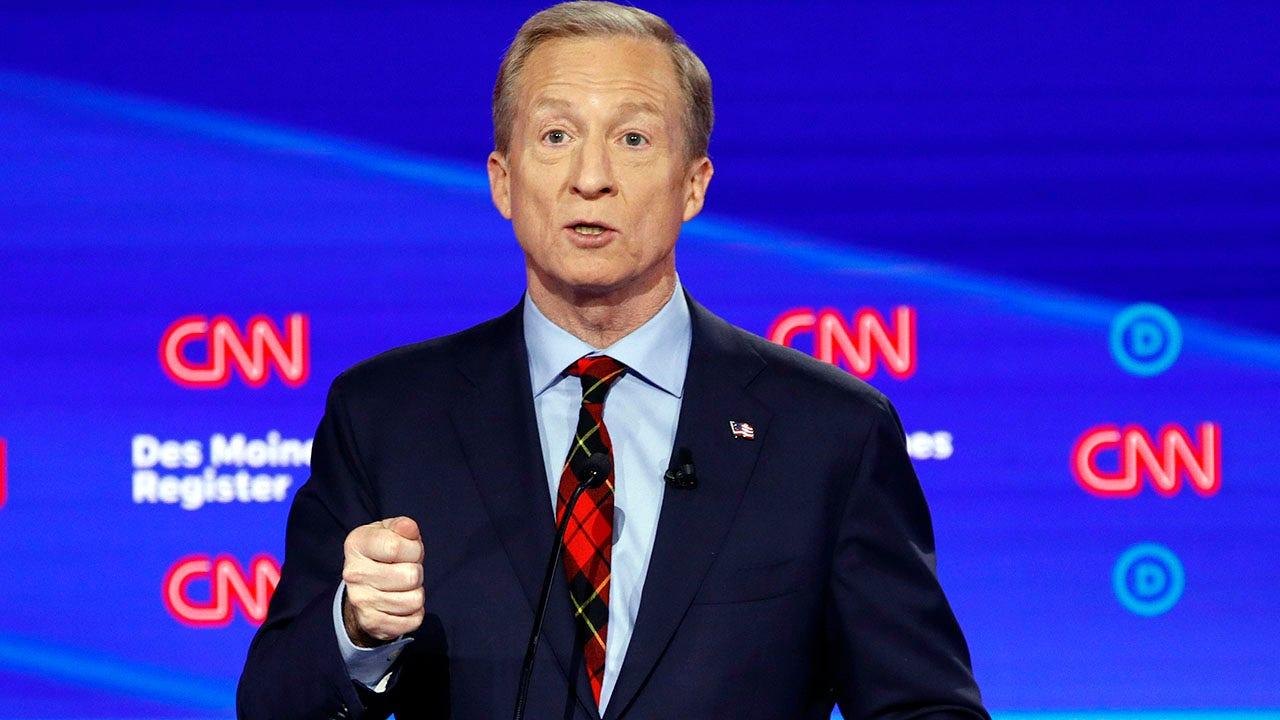 Tom Steyer κόκκινο καρό γραβάτα τάσεις κατά Δημοκρατική συζήτηση