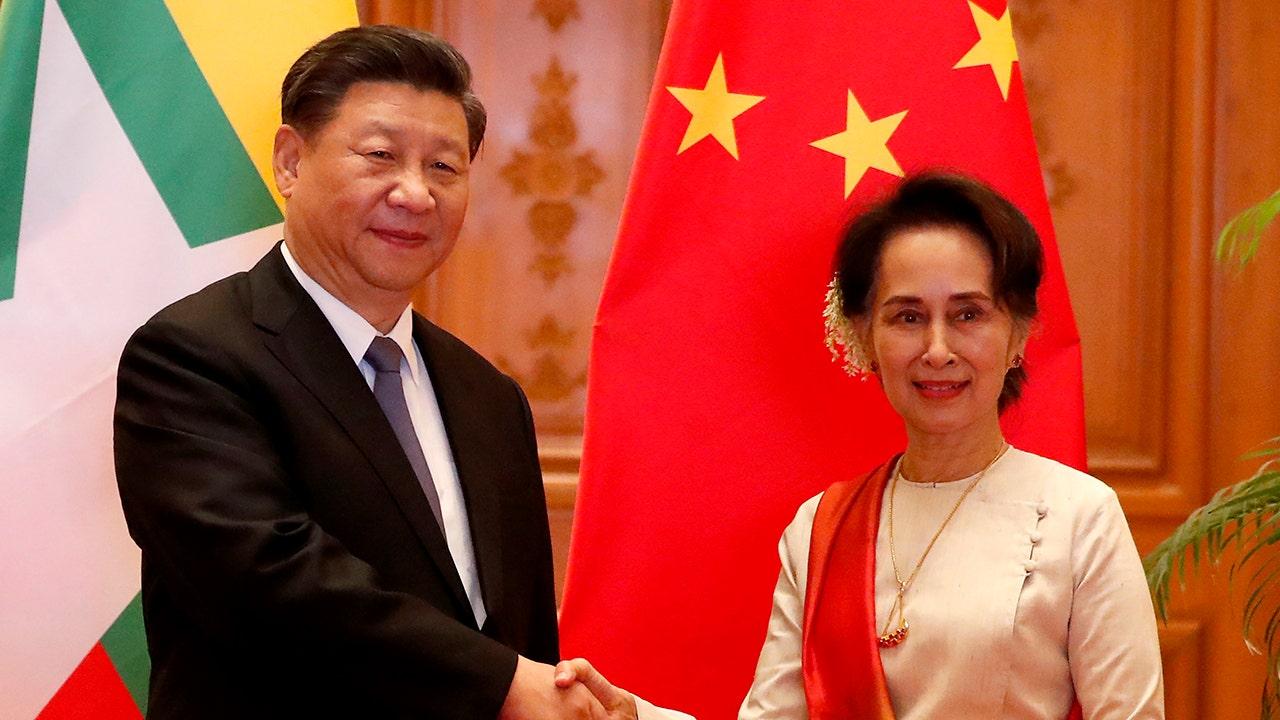 Facebook απολογείται της Κίνας Xi Jinping για την χυδαία παραποίηση της έννοιας του όνομα