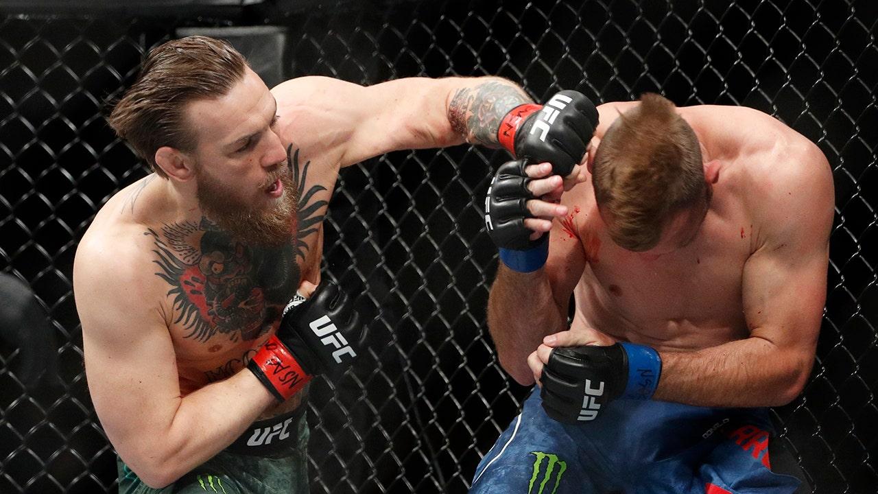 Conor McGregor blasts Cerrone in 40 seconds in UFC return