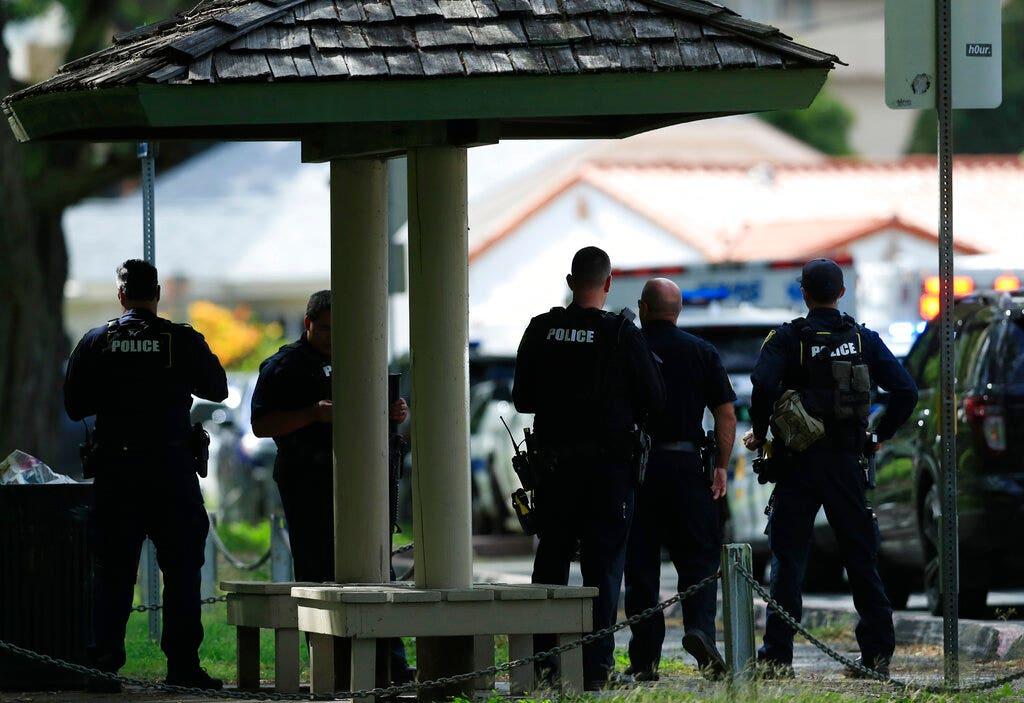 Χαβάη άνθρωπος που φέρεται να πυροβόλησε και σκότωσε 2 αστυνομικούς είχαν ιστορικό συγκρούσεων με το νόμο