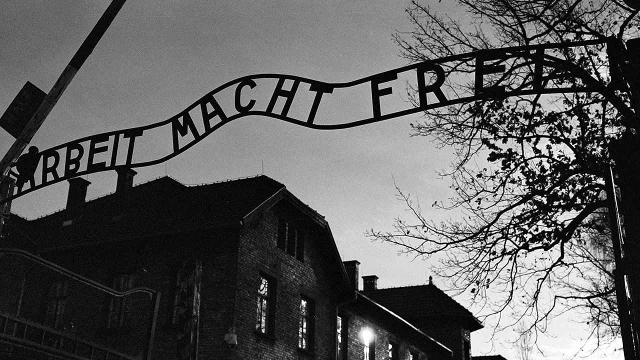 Holocaust survivors mark 75th anniversary of Auschwitz liberation with 'new urgency' amid rise in anti-Semi...
