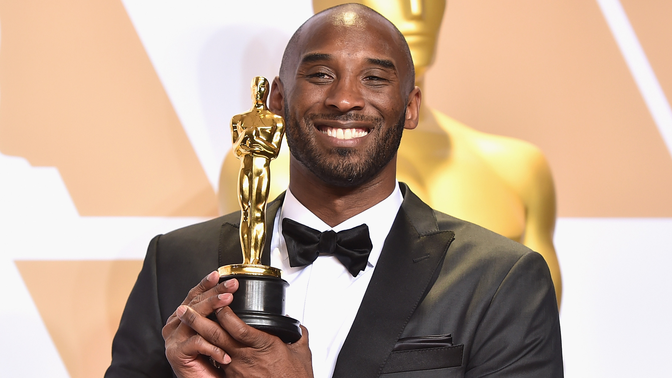 Westlake Legal Group Kobe-Bryant-Oscar Oscars to 'embrace' Kobe Bryant during In Memoriam segment, producers say Julius Young fox-news/person/kobe-bryant fox-news/entertainment/movies fox-news/entertainment/events/oscars fox-news/entertainment/events/departed fox-news/entertainment fox news fnc/entertainment fnc article a9e644e0-53d4-5fc3-8bf2-8b4f55963680