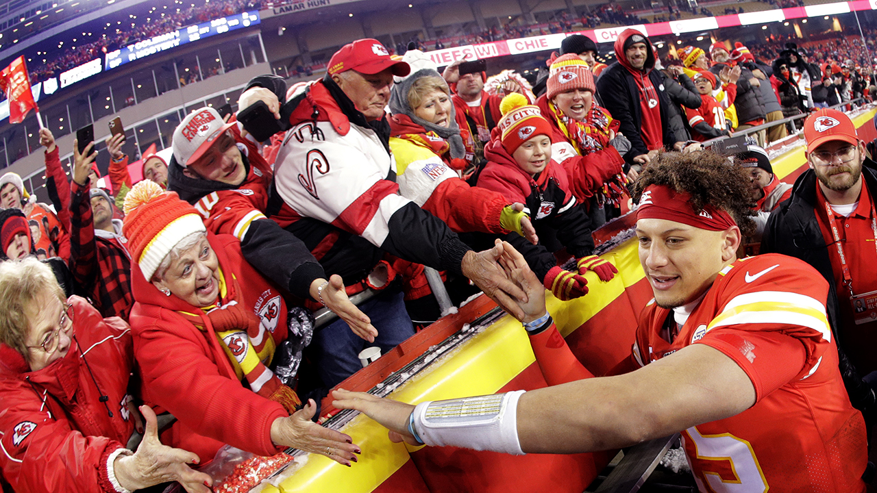 Westlake Legal Group Mahomes-AP-2 Patrick Mahomes' foundation to provide scholarships to families of US Navy SEALs Ryan Gaydos fox-news/us/personal-freedoms/proud-american fox-news/us/military fox-news/sports/nfl/kansas-city-chiefs fox-news/sports/nfl fox-news/person/patrick-mahomes fox-news/good-news fox news fnc/sports fnc eba6b452-437e-5fa9-b474-b363fa1b3a38 article