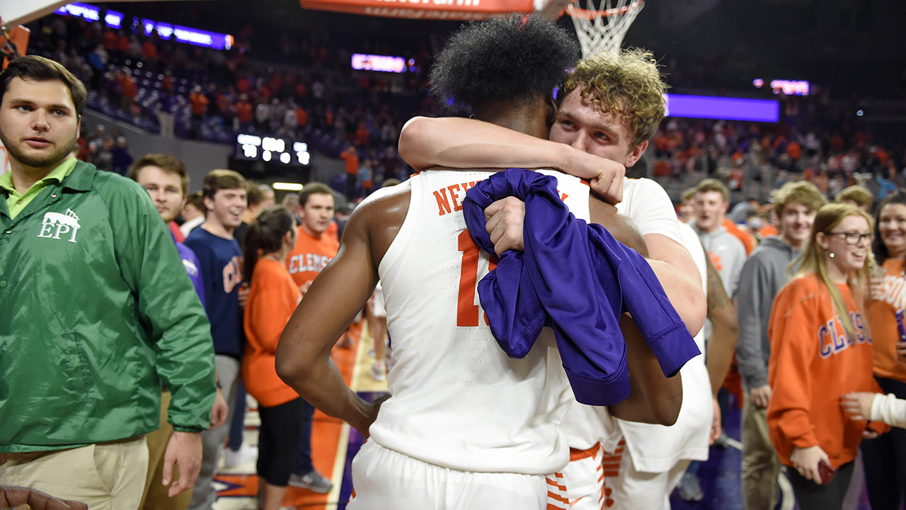 Westlake Legal Group Newman-Hoag Consolation prize: Clemson knocks off No. 3 Duke in hoops fox-news/sports/ncaa/duke-blue-devils fox-news/sports/ncaa/clemson-tigers fox-news/sports/ncaa-bk fox-news/sports/ncaa fnc/sports fnc Associated Press article a21d2cf1-92cc-56c2-a2c5-f033f99e631f
