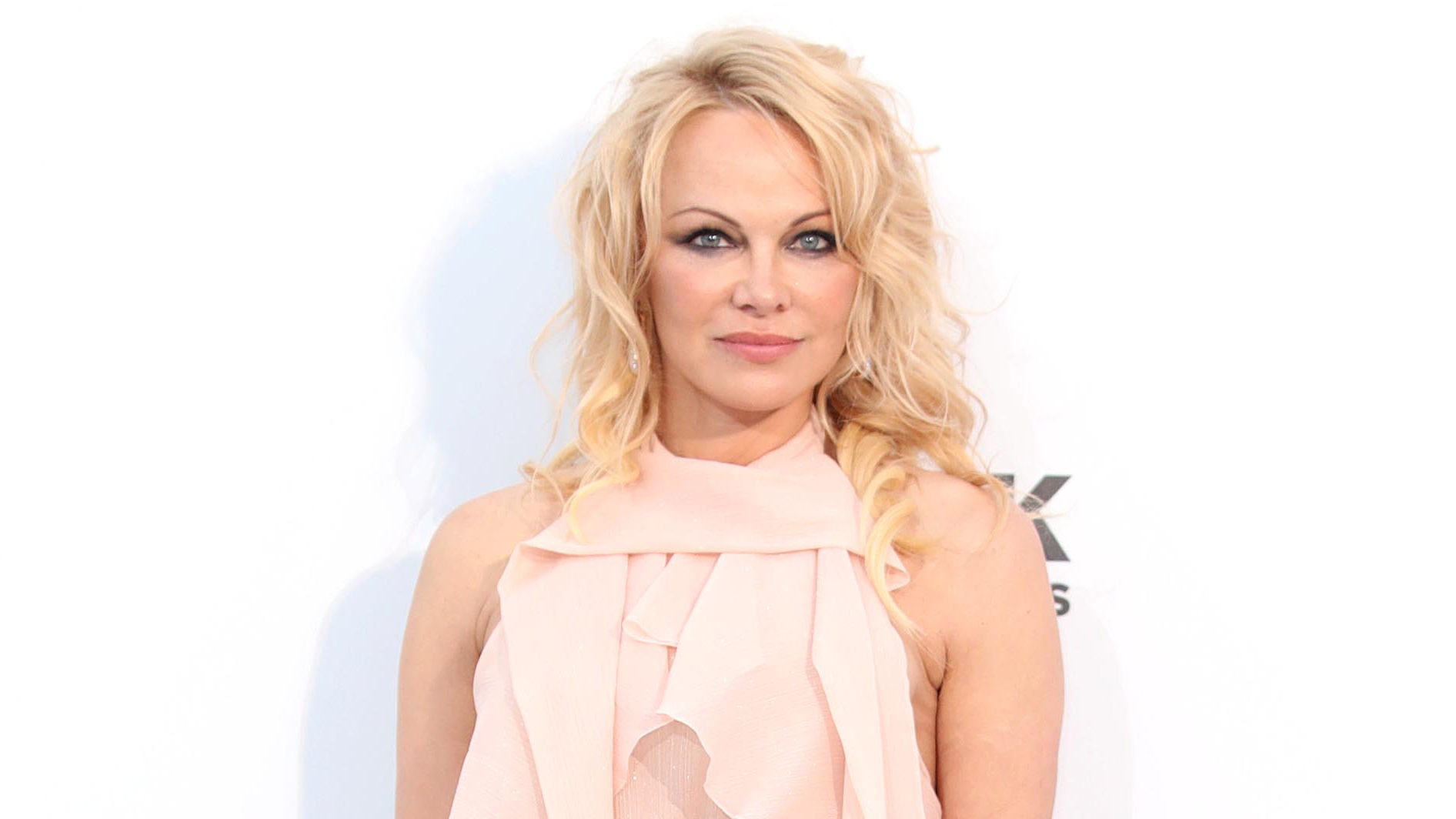 Pamela Anderson shares first photo with husband Jon Peters