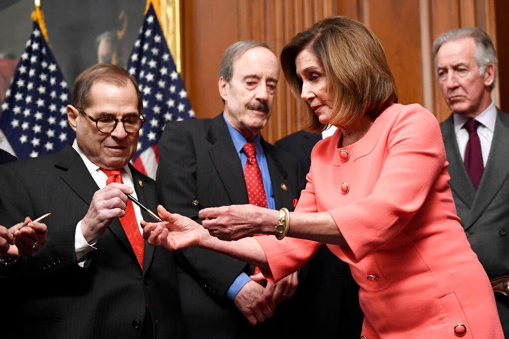 Πελόζι τα χέρια αναμνηστικό στυλό ως Σπίτι μεταδίδει Ατού της παραπομπής άρθρα για να Γερουσία