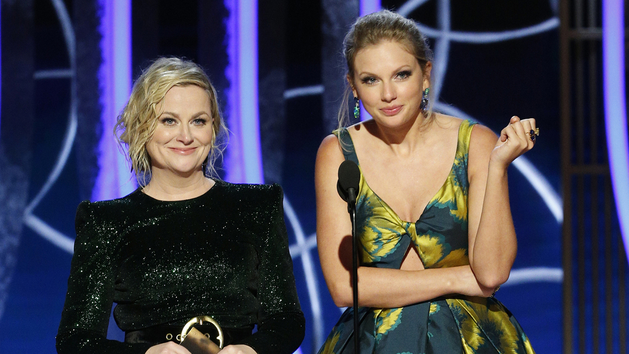 Taylor Swift, Amy Poehler end feud by presenting together at Golden Globe Awards