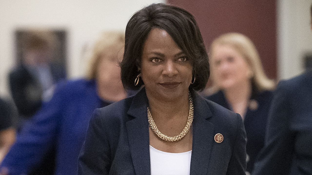 Westlake Legal Group Val-Demings Rep. Val Demings, one of Biden's potential running mate, on the shooting deaths of Ahmaud Arbery and Breonna Taylor fox-news/us/crime/police-and-law-enforcement fox-news/politics/elections/democrats fox-news/politics/elections fox-news/politics fox-news/person/joe-biden fox-news/person/ahmaud-arbery fox-news/media/fox-news-flash fox news fnc/media fnc Emily DeCiccio article a09e3a22-1bd5-5f6e-ac48-932d987be97e