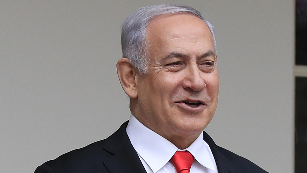 Netanyahu withdraws request for immunity on corruption charges