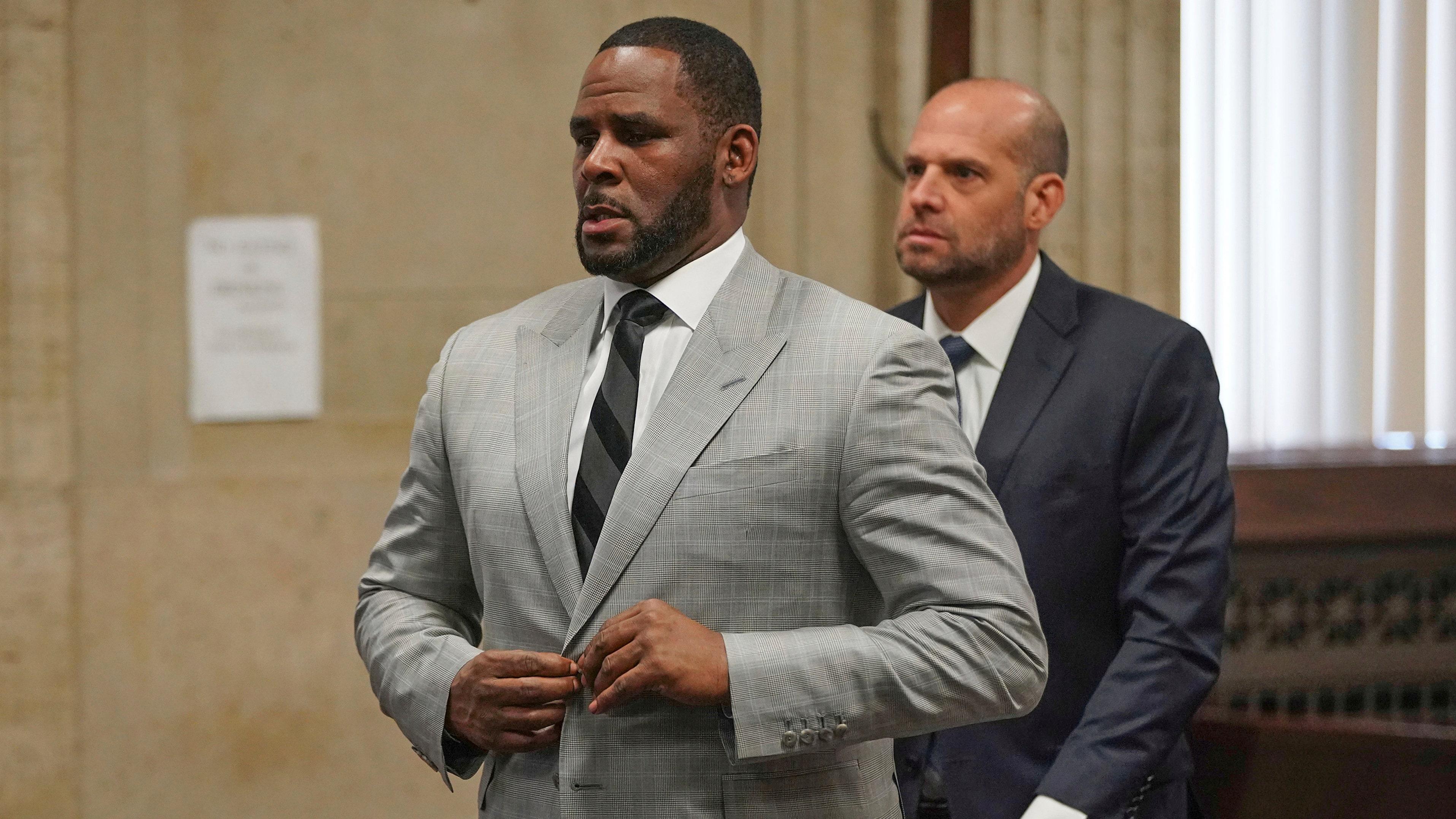 R. Kelly επιδιώκει την απελευθέρωση από τη φυλακή πάνω από coronavirus ανησυχίες
