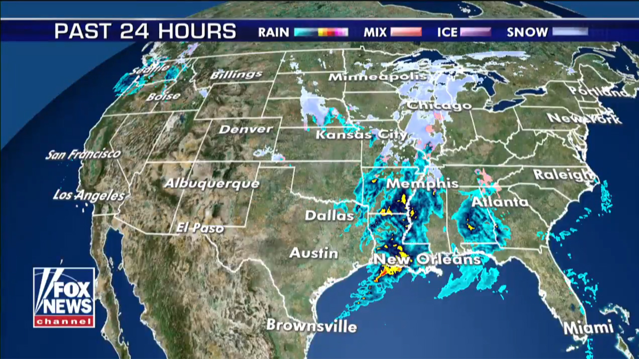Winterliche Wetter bringt 'Durcheinander von Schnee zu Midwest, Reisehinweise