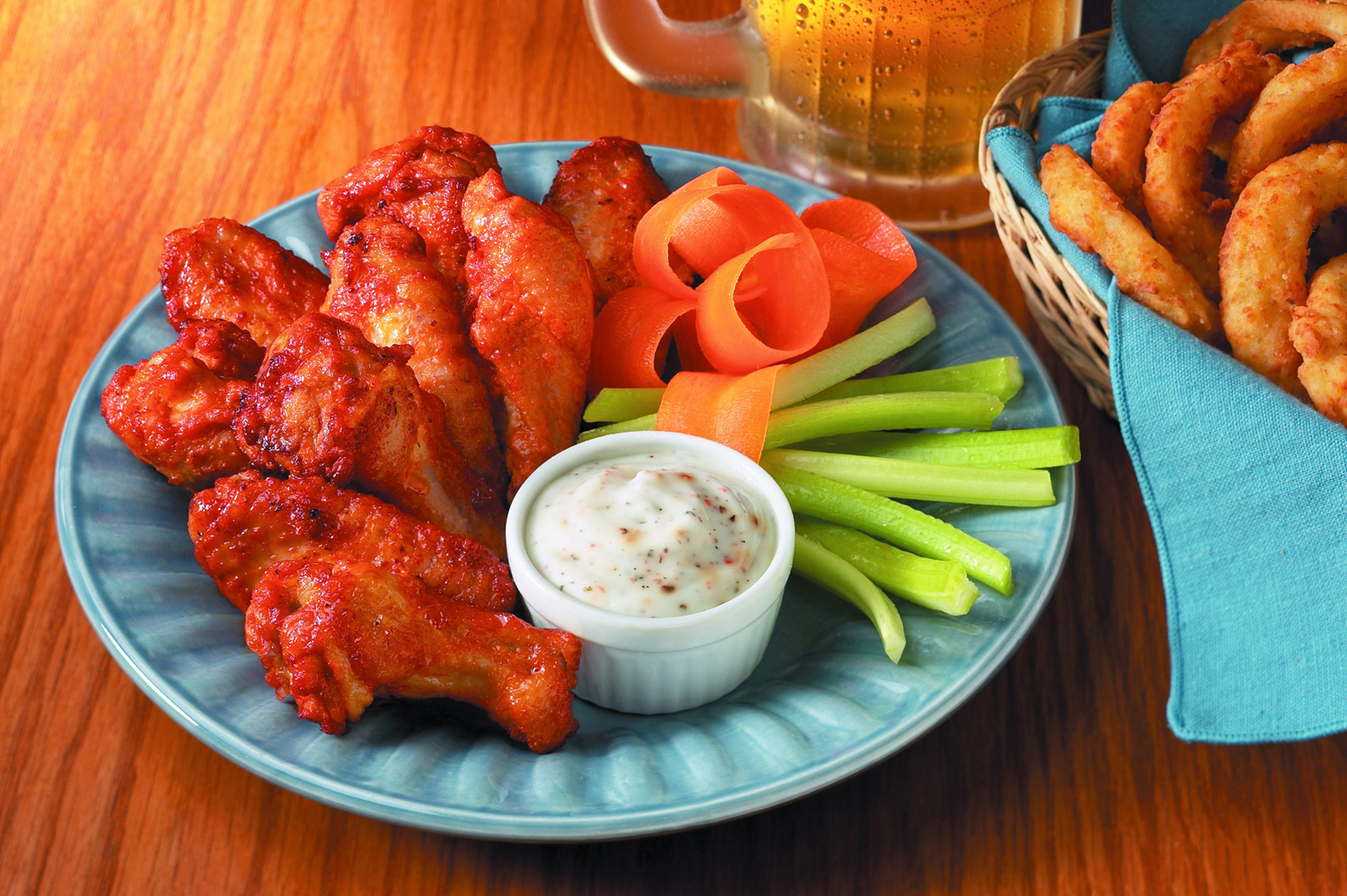 Chicken wings still a favorite for Super Bowl viewers; Americans to eat a record 1.4 billion during 2020 game - fox