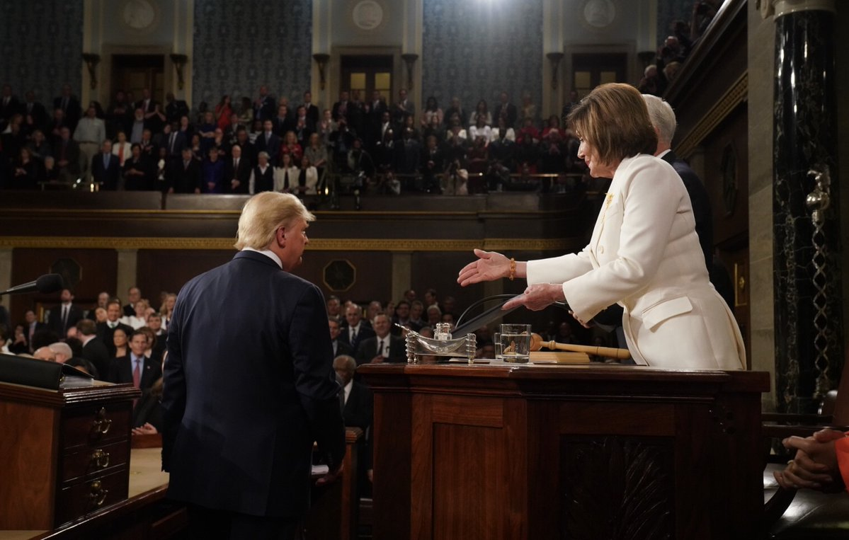 Pelosi tweets photo of Trump's State of the Union alleged handshake snub