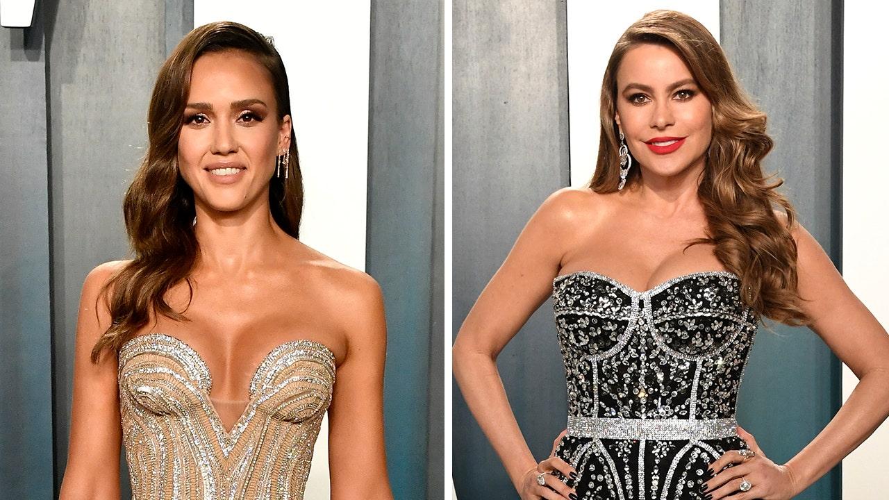 Donald trump Sofia Vergara, Jessica Alba's outfits shine at Vanity Fair Oscars after-party thumbnail