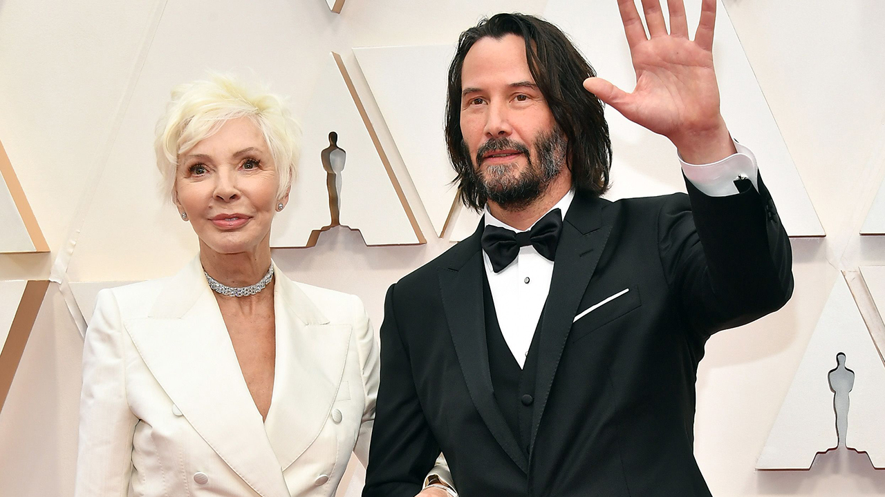 Oscars2020年には少年の頃のキアヌ-リーブスが、今その中にはお母さん、デザイナーパトリシア-テイラーと彼の日