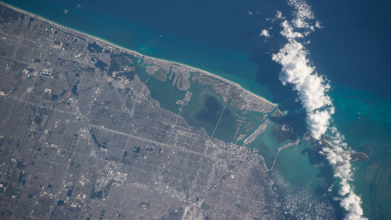 Westlake Legal Group Miami-Superbowl International Space Station tweets photo of Miami prior to Super Bowl kick-off Robert Gearty fox-news/us/us-regions/southeast/florida fox-news/science/air-and-space/nasa fox-news/news-events/super-bowl fox news fnc/sports fnc d0ca592c-bfaa-50da-92b7-ac89fb49850b article
