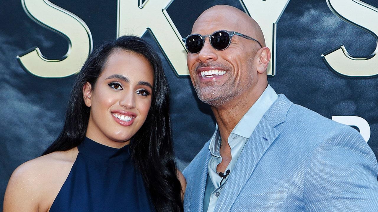 Dwayne 'The Rock' Johnson ' s Tochter Simone die Ausbildung für die WWE, 'Eintritt in die Familie'