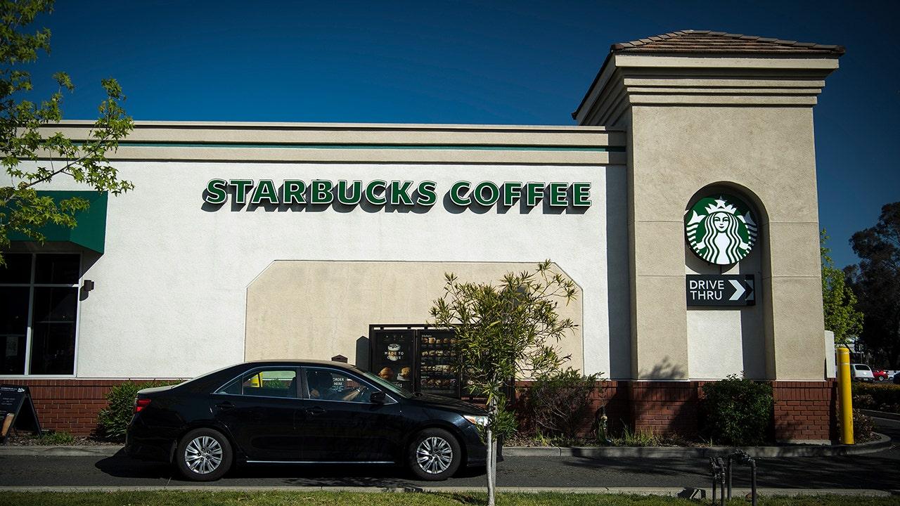 Starbucks worker exposes drive-thru secret by surprising customers by singing